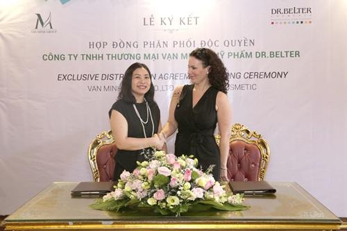 Lễ ký kết phân phối độc quyền mỹ phẩm Dr.Belter tại Việt Nam