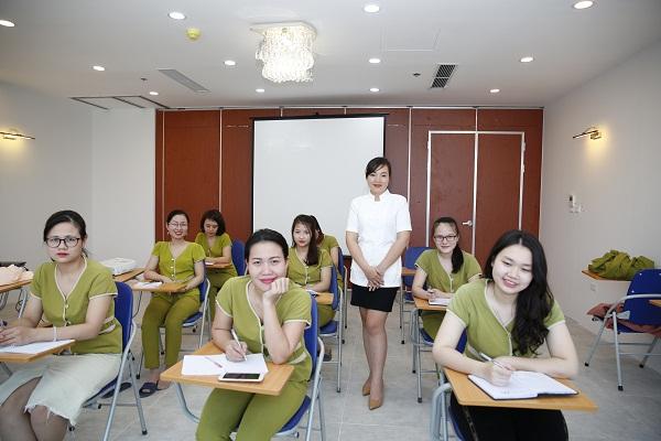 Khóa học chăm sóc da mặt tại Hà Nội từ cơ bản đến chuyên sâu