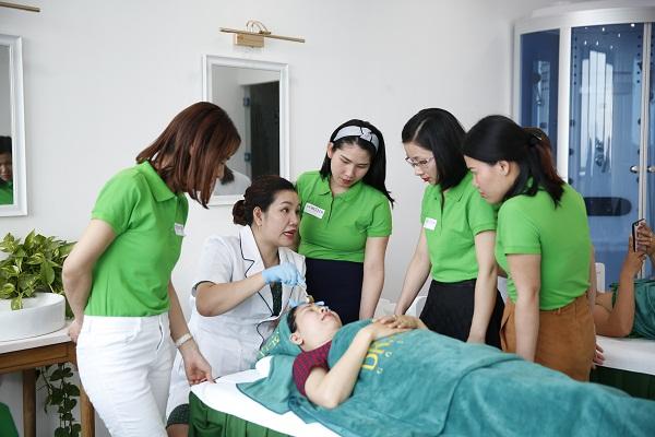 Tiêu chí để bạn lựa chọn lớp học spa chăm sóc da chuyên nghiệp
